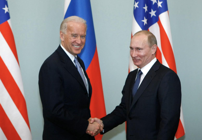 Biden meets with Vladmir Putin (2011)
